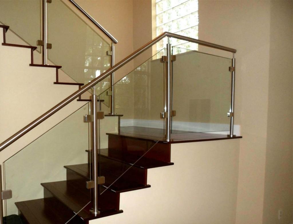 Ограждения лестниц со стеклянным заполнением