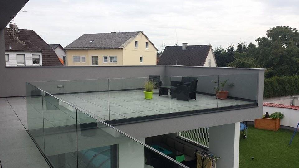 стеклянное ограждение для крыши