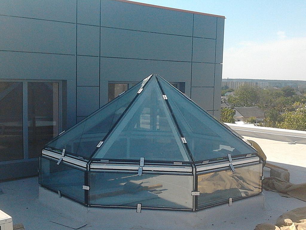 Алюминиевый фонарь пирамида