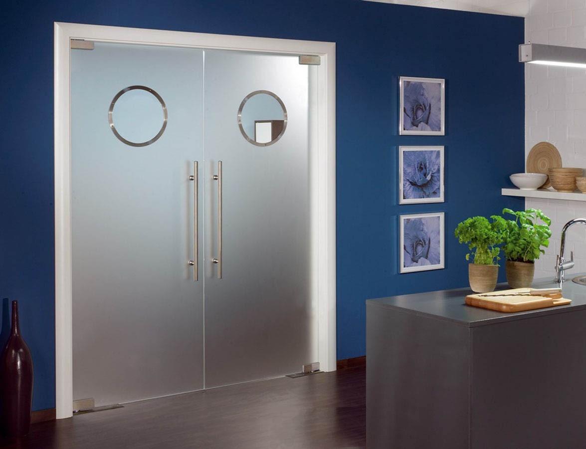 маятниковая стеклянная дверь для офиса двухстворчатая