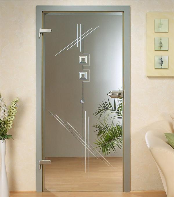 Распашные стеклянные двери в алюминиевойраме