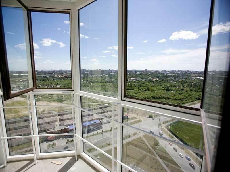 Витражное остекление балкона (лоджии)