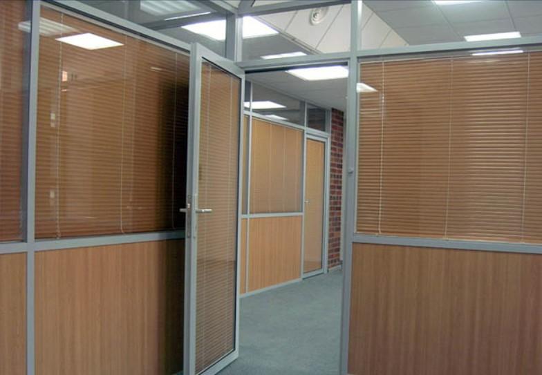 Офисные комбинированные перегородки