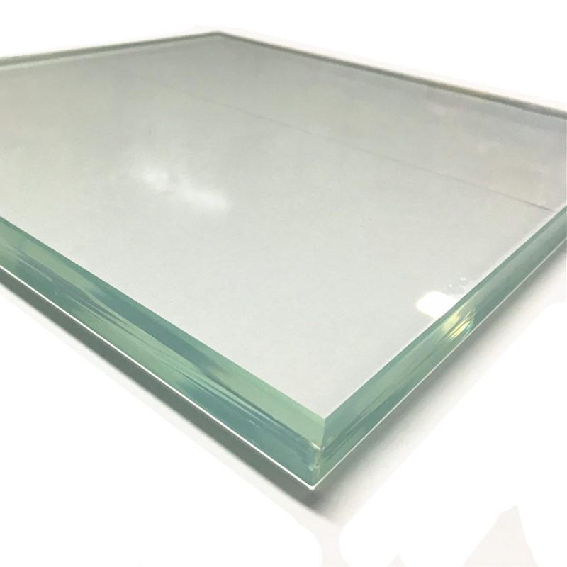 Закаленное стекло повышенной толщины