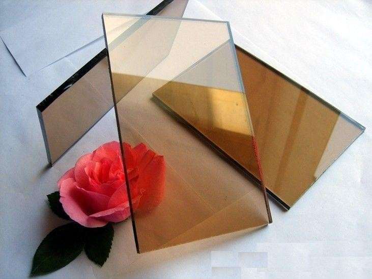 бронзовое стекло