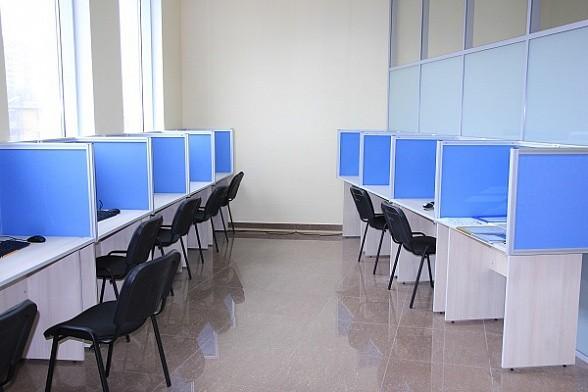 настольные экраны офисные