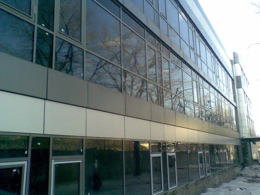 Ленточное остекление промышленного здания